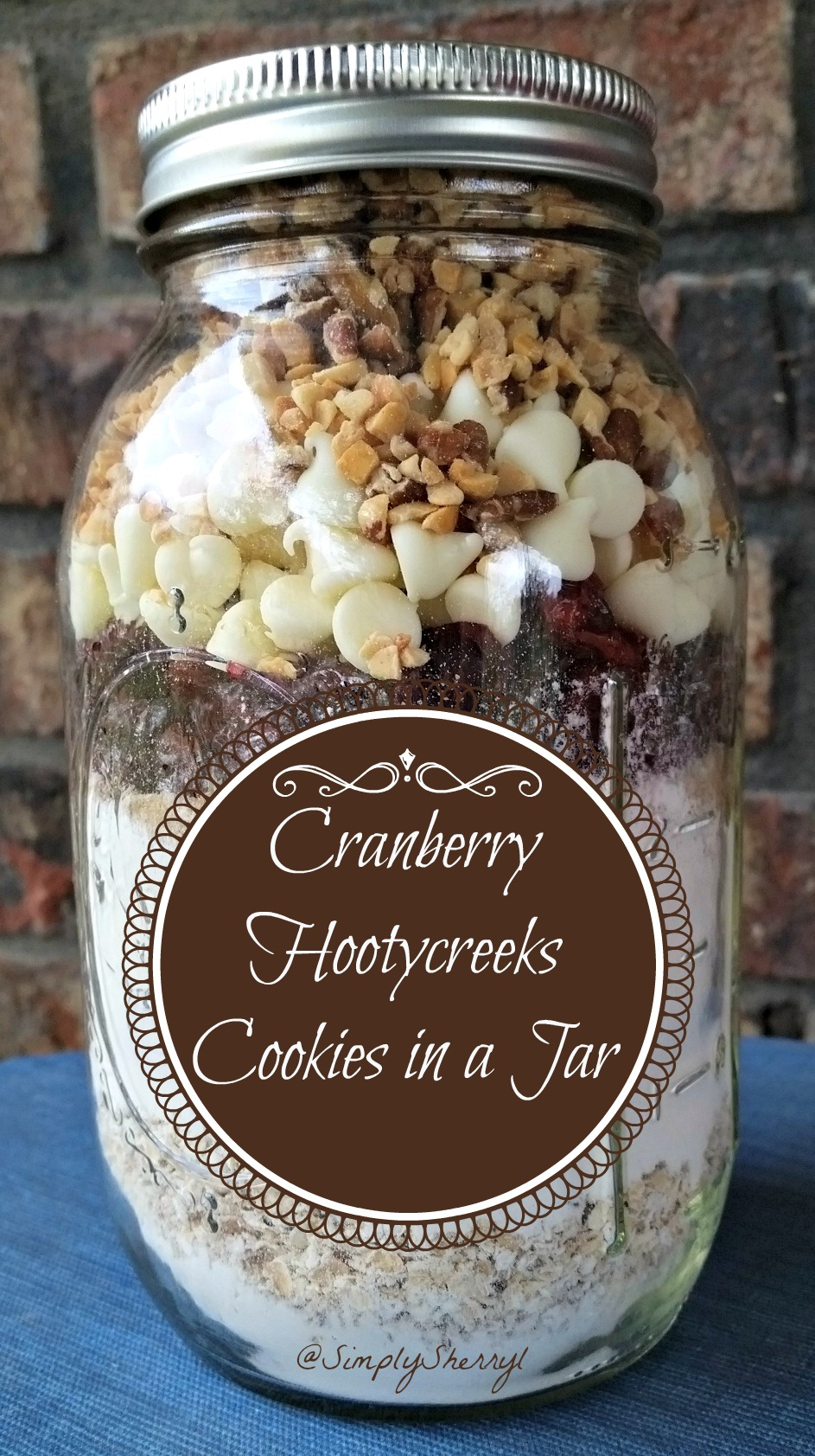 Cranberry Hootycreeks Cookies in a Jar {Free Printable}