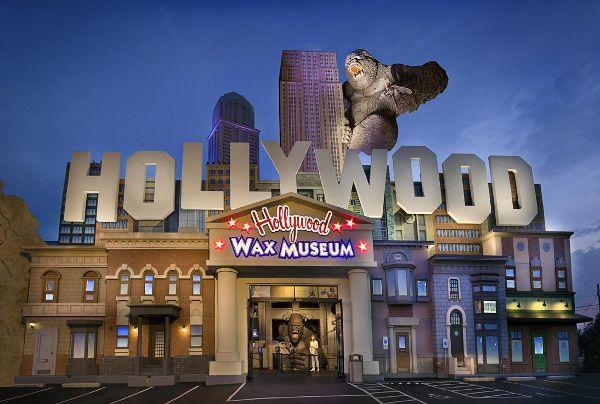 Hollywood Wax Museum Entertainment Center - Branson